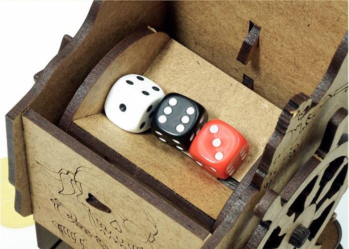 """Башня для бросания кубиков """"Пиратская"""" (Mechanical Dice Tower: Pirate)"""