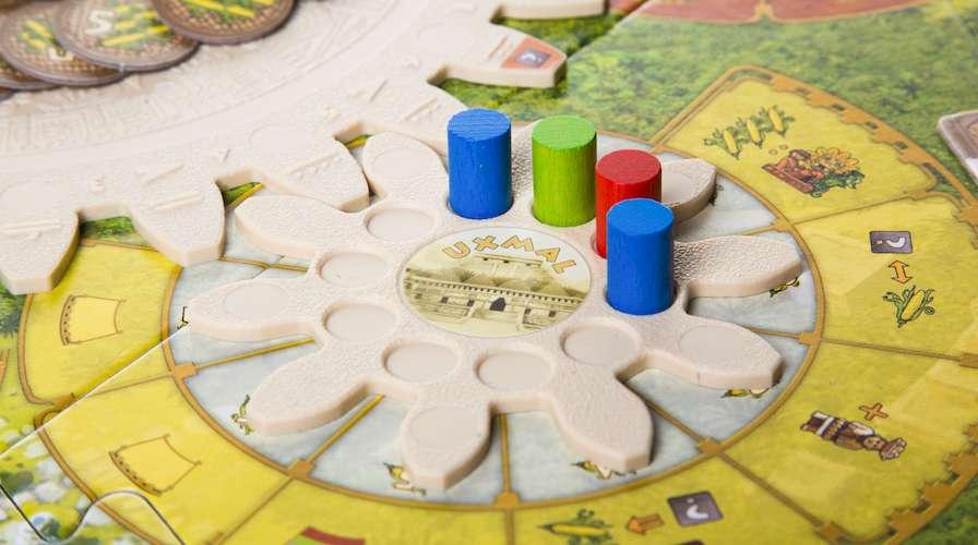 Цолькин: Календарь Майя (Tzolk'in: The Mayan Calendar): игровое поле